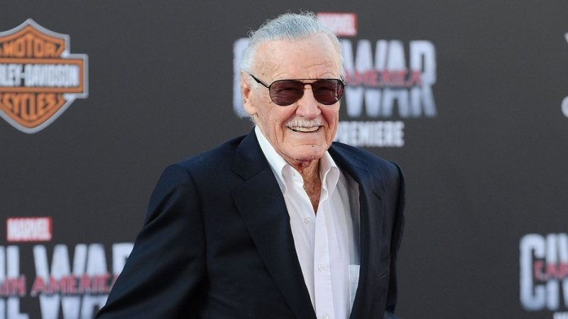 Meghalt Stan Lee, a Marvel atyja